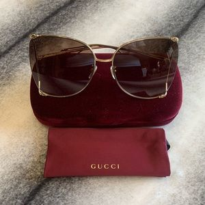 { Gucci } Butterfly Oversize Sunglasses GG0252S